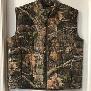 Cabelas camouflage insulated hunting vest